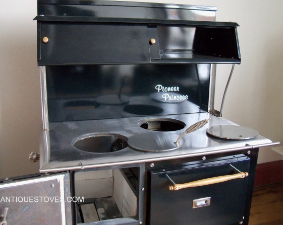 ... Pioneer Princess wood cook stove - Pioneer Princess Cook Stove