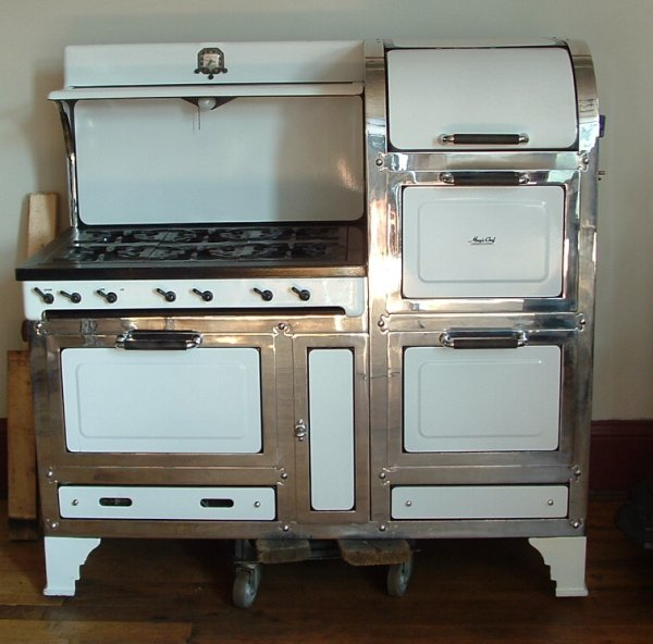 Magic Chef 6300 Series, 6 burner, 2 Oven, 1 Broiler