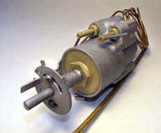 Robertshaw 2200S thermostat.jpg (5420 bytes)